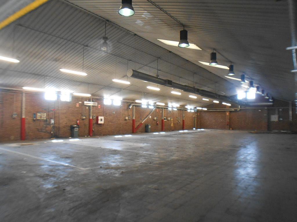 Imagen del inmueble - Nave industrial en alquiler en calle De Montilla, Sant Joan Despí - 328222451