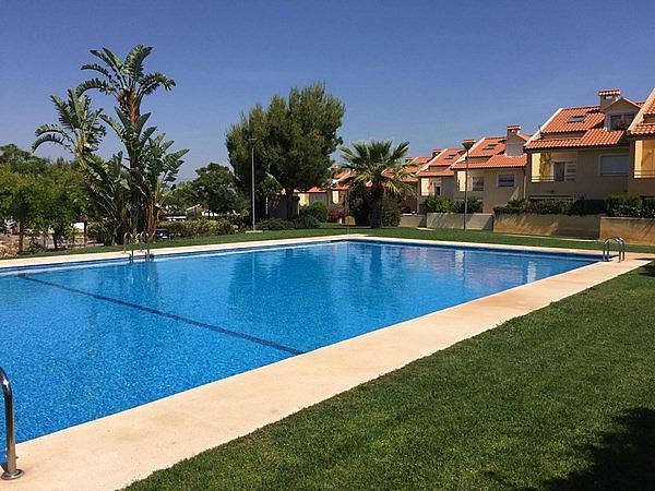 Casa adosada en alquiler en calle Esparver, Mas Camarena en Bétera - 330139976
