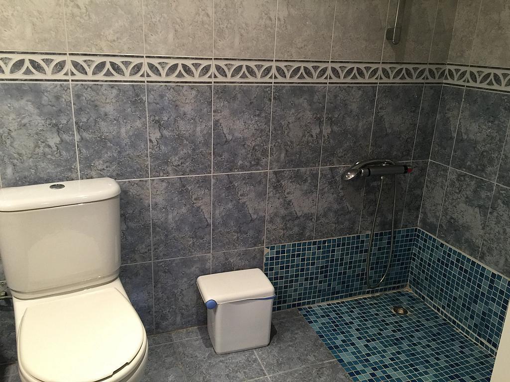 Baño - Apartamento en venta en calle Viladomat, Covamar en Salou - 238057425