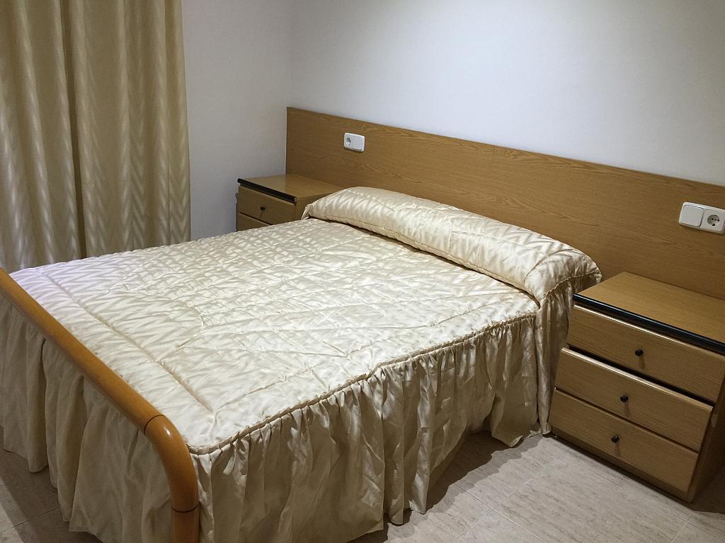Dormitorio - Apartamento en venta en calle Viladomat, Covamar en Salou - 238057438