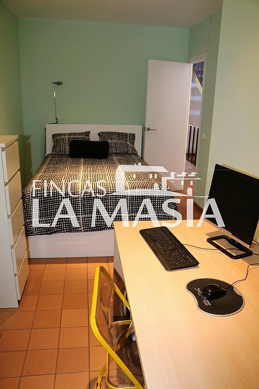 Casa adosada en alquiler en Centre en Vilanova i La Geltrú - 303862909