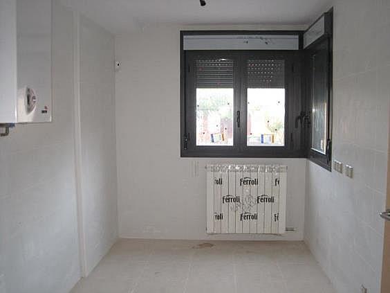 Casa adosada en alquiler en Zuera - 289139124