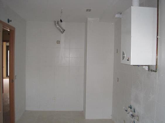 Casa adosada en alquiler en Zuera - 289139127