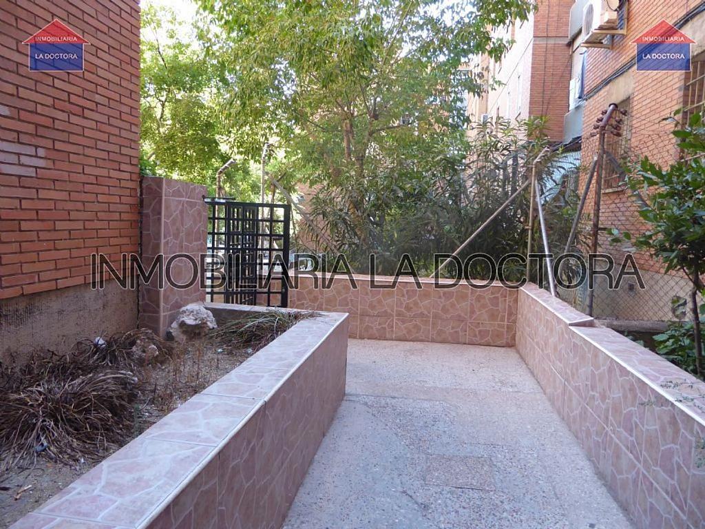 Piso en alquiler en calle Belzunegui, Puerta Bonita en Madrid - 322567681