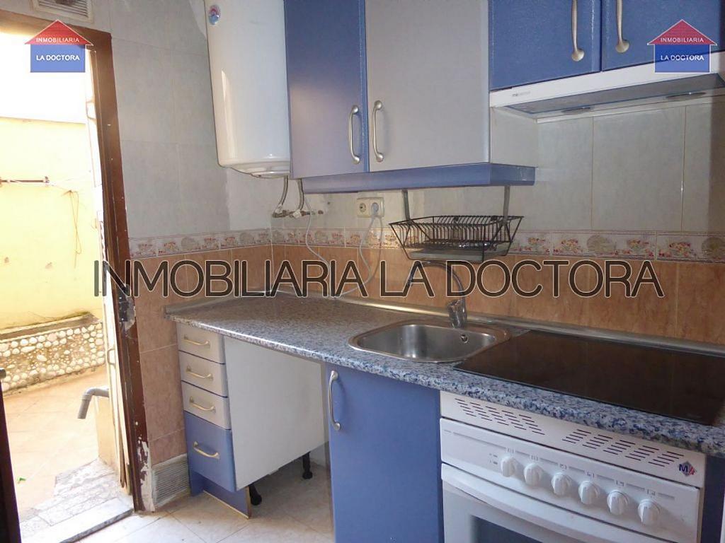 Piso en alquiler en calle Del Divino Valles, Delicias en Madrid - 323966930