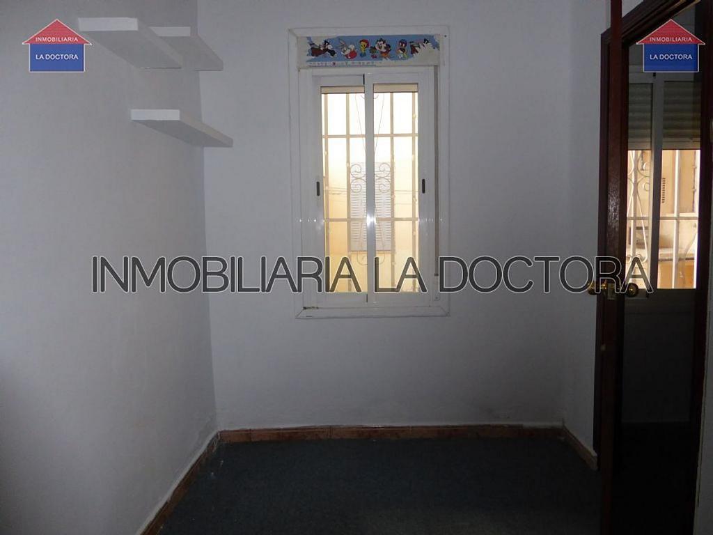 Piso en alquiler en calle Del Divino Valles, Delicias en Madrid - 323966939