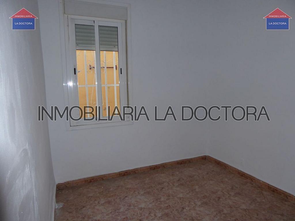 Piso en alquiler en calle Del Divino Valles, Delicias en Madrid - 323966948