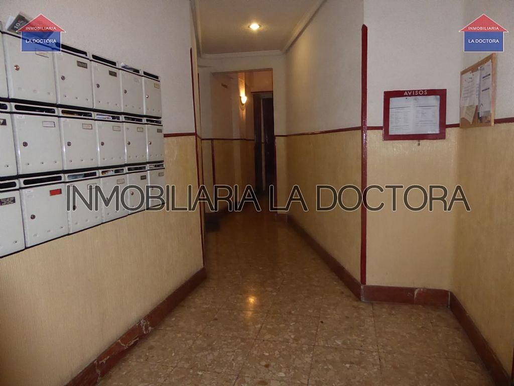 Piso en alquiler en calle Del Divino Valles, Delicias en Madrid - 323966954