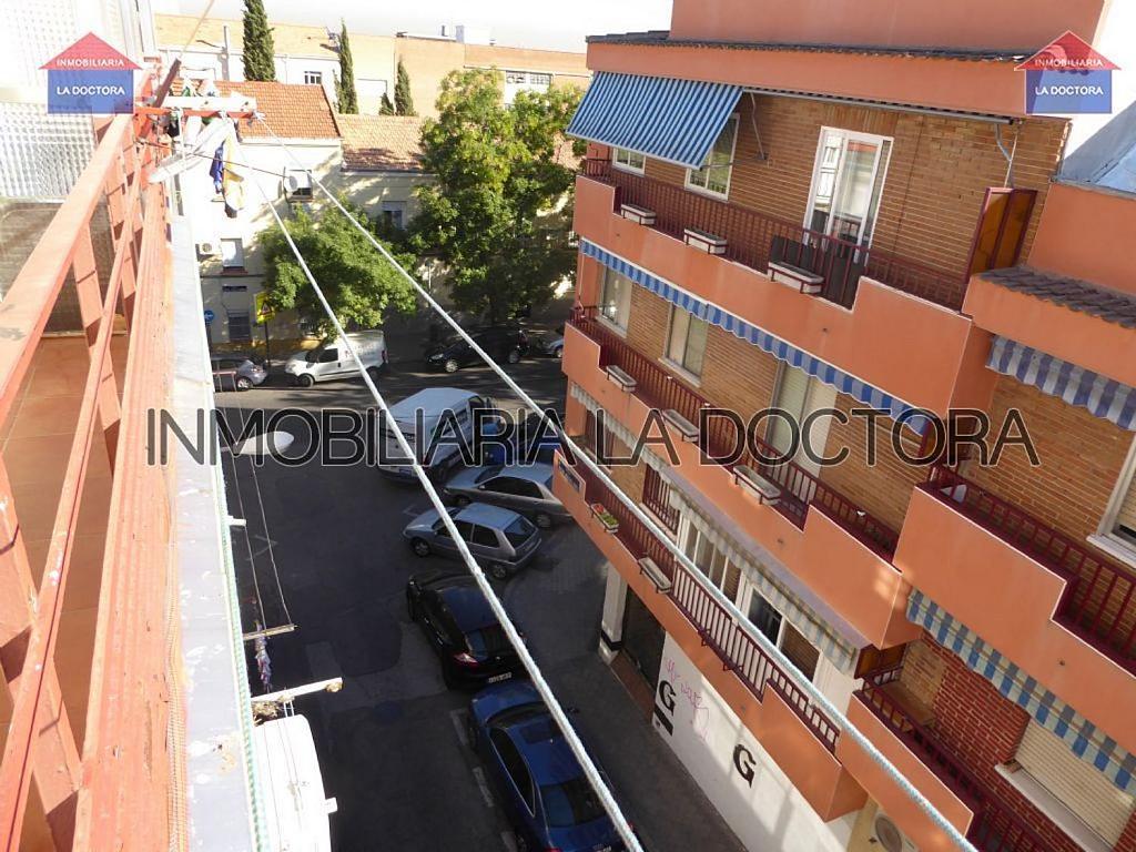 Piso en alquiler en calle Doctor Gerónimo Iborra, Carabanchel en Madrid - 332351468