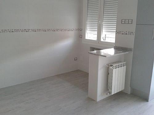 Piso en alquiler en calle San Aquilino, Castilla en Madrid - 314207175