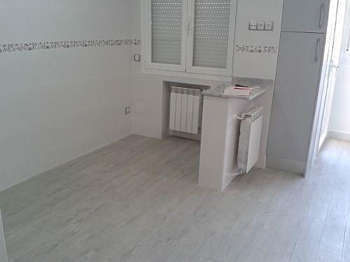 Piso en alquiler en calle San Aquilino, Castilla en Madrid - 314207199