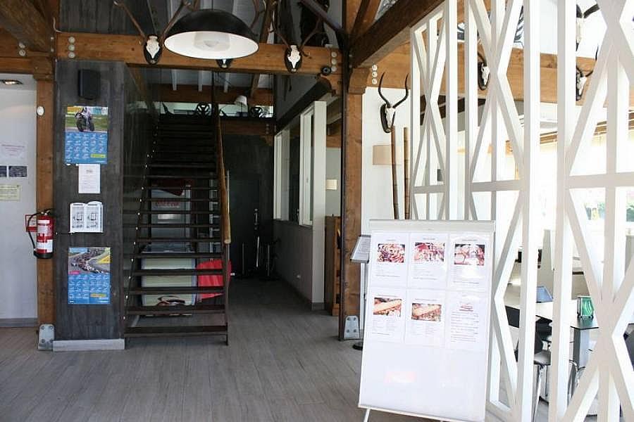 Foto - Local comercial en alquiler en Corrales de Buelna (Los) - 268057839