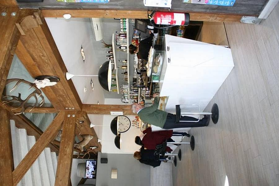 Foto - Local comercial en alquiler en Corrales de Buelna (Los) - 268057848