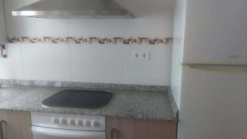 Foto - Piso en alquiler en calle Inmobiliaria, Barrio la Inmobiliaria en Torrelavega - 325616484
