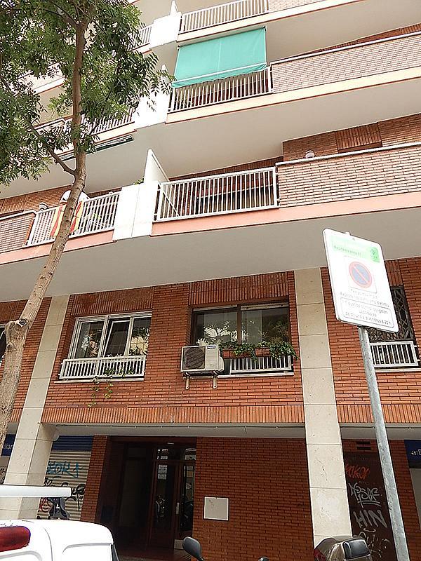 Ático en alquiler en calle Castillejos, El Baix Guinardó en Barcelona - 323060333