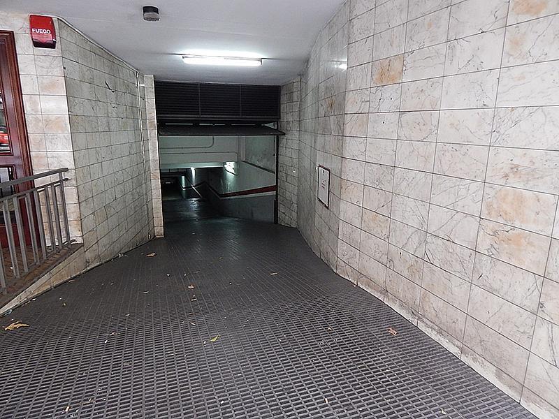 Parking en alquiler en calle Mallorca, La Sagrada Família en Barcelona - 213911106