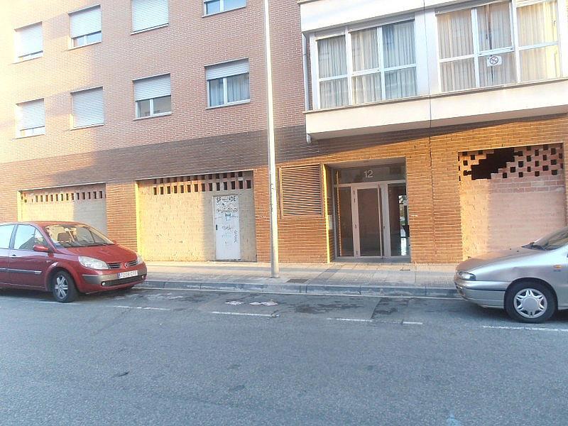 Local comercial en alquiler en calle Raimundo Lanas, Rochapea en Pamplona/Iruña - 135096164