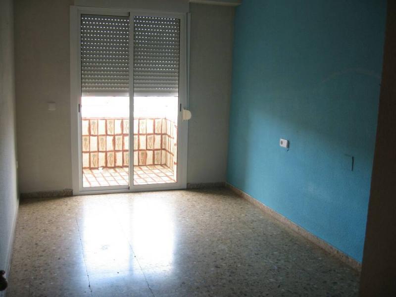 Piso en alquiler en calle , Pobla de Vallbona (la) - 80730876