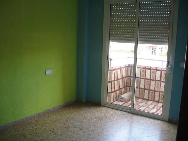 Piso en alquiler en calle , Pobla de Vallbona (la) - 80730880