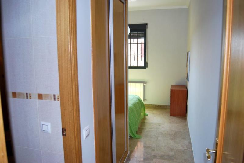 Apartamento en alquiler en calle , Pobla de Vallbona (la) - 81222392