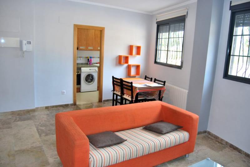 Apartamento en alquiler en calle , Pobla de Vallbona (la) - 81222401