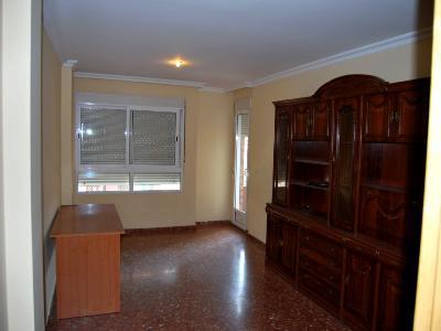 Piso en alquiler en calle , Pobla de Vallbona (la) - 81223370