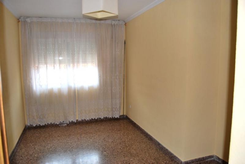 Piso en alquiler en calle , Pobla de Vallbona (la) - 81223936