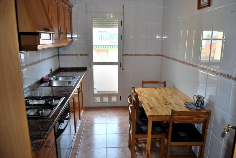 Piso en alquiler en calle , Pobla de Vallbona (la) - 81223942