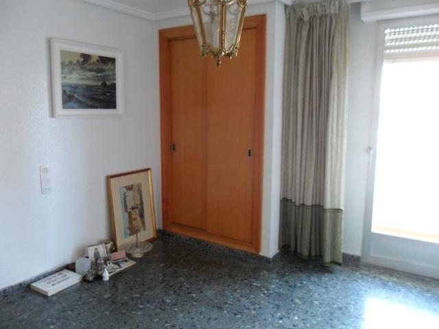 Piso en alquiler en calle , Benisanó - 81850709