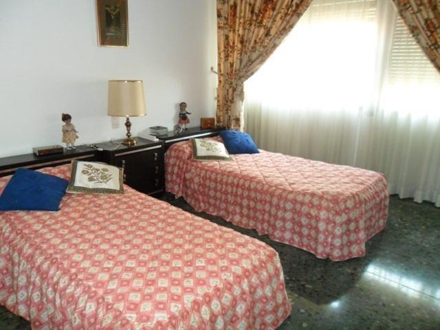 Piso en alquiler en calle , Benisanó - 81850715