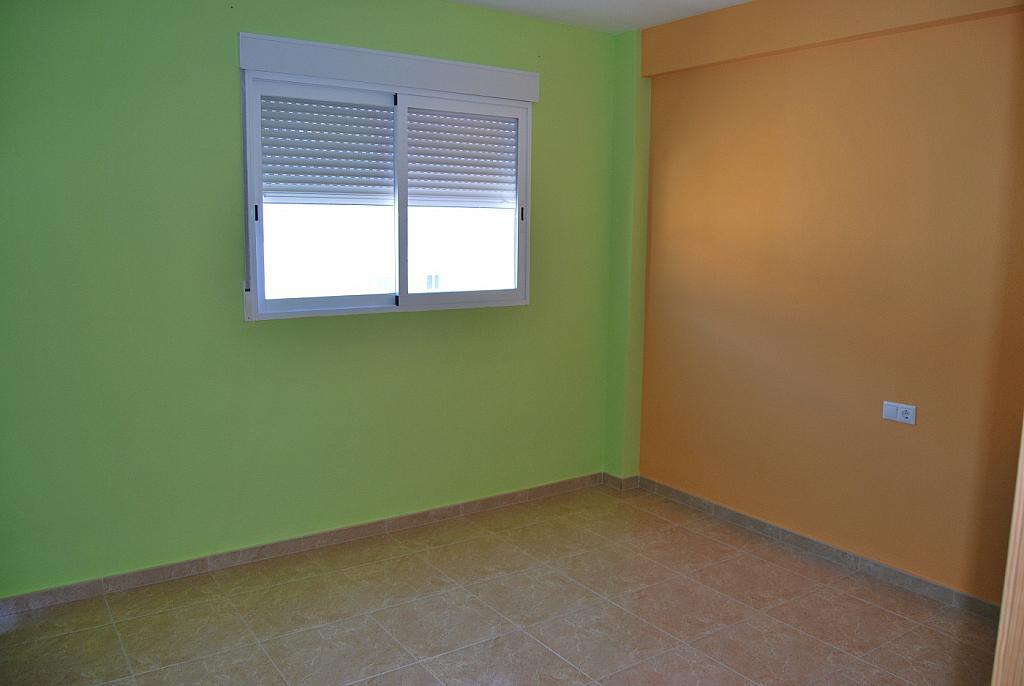 Casa adosada en alquiler opción compra en calle , Marines Viejo - 167677590