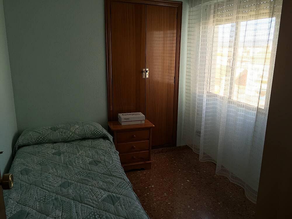 Piso en venta en calle , Centro Urbano en Llíria - 236005878