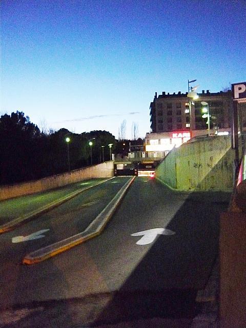 Parking en alquiler en calle Rius I Taulet, Centre en Sant Cugat del Vallès - 323453641