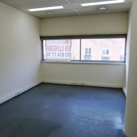 Oficina en alquiler en calle Pau Casals, Centre en Sant Cugat del Vallès - 122556938