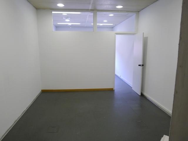 Oficina en alquiler en calle Pau Casals, Centre en Sant Cugat del Vallès - 122557026