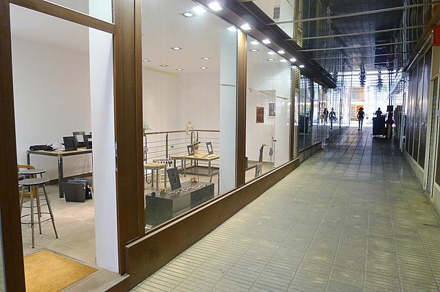 Local comercial en alquiler en calle Santa Maria, Centre en Sant Cugat del Vallès - 143160038