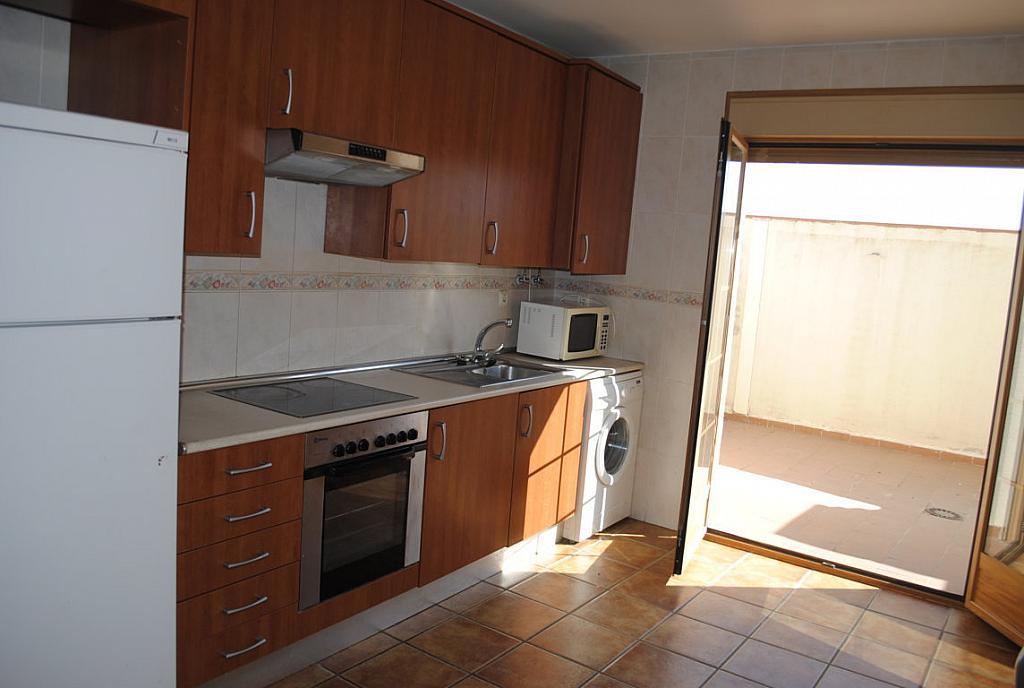 Cocina - Dúplex en alquiler en calle Principe Felipe, Valmojado - 306993150