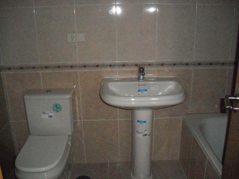 Buhardilla - Piso en alquiler en calle General Varela, Nucleo Urbano en Camarena - 59729292