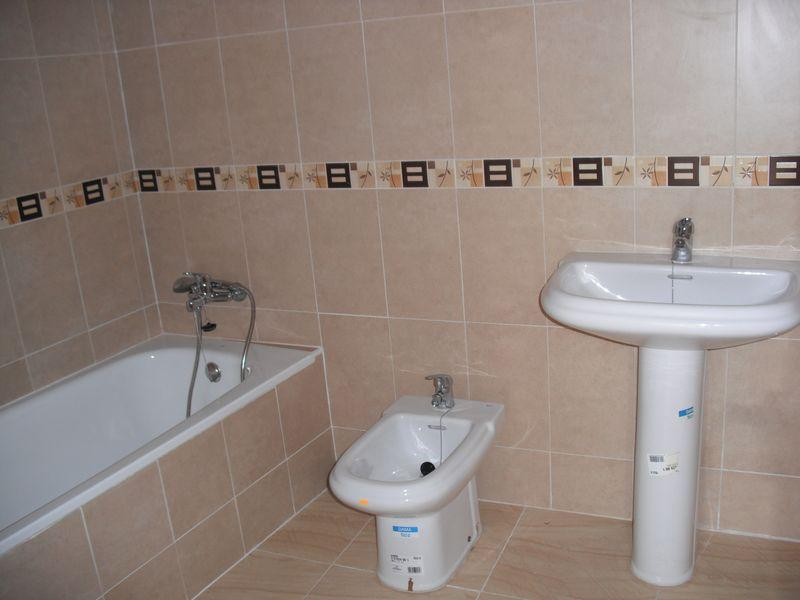 Baño - Dúplex en alquiler en calle Maximino López, Valmojado - 104722786