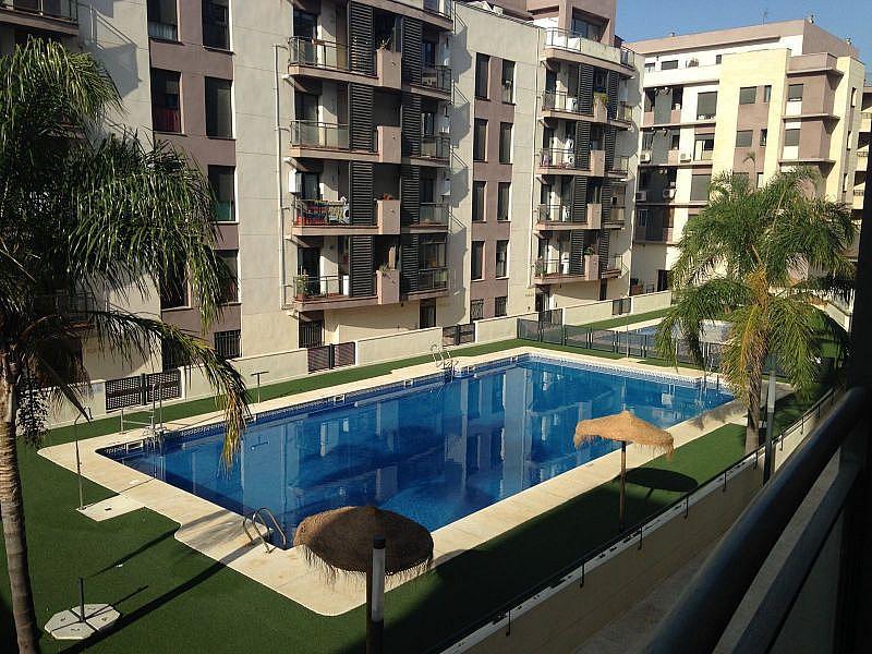 Foto - Piso en alquiler en calle Pisa, Mairena del Aljarafe - 326372971