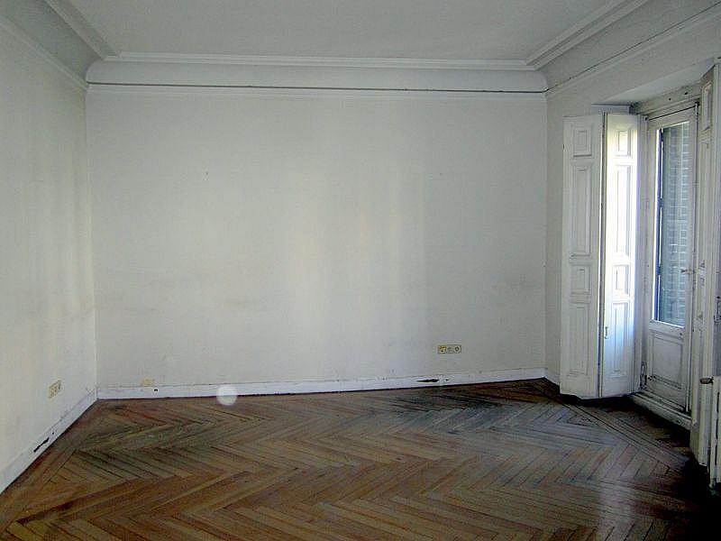 Foto - Oficina en alquiler en calle Genova, Centro en Madrid - 321507479