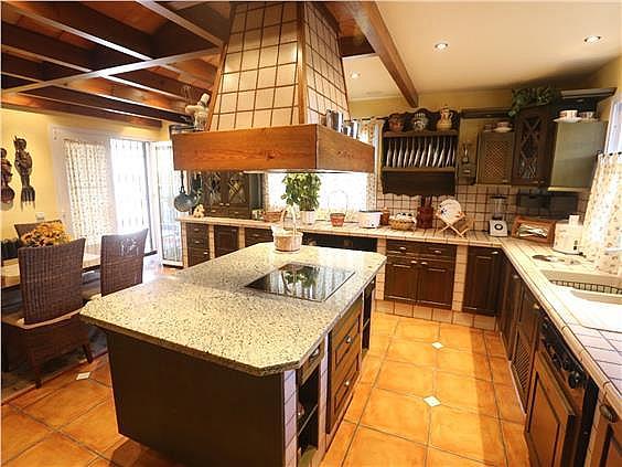 Casa en alquiler en Alhaurín de la Torre - 325192327