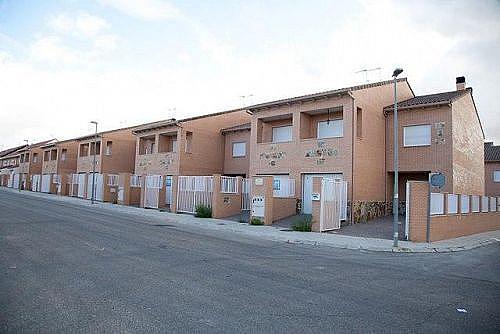 Casa adosada en alquiler en calle Seseña, Yuncos - 289764051