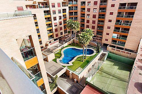 Piso en alquiler en calle Medico Francisco Pérez Company, Almería - 303084518