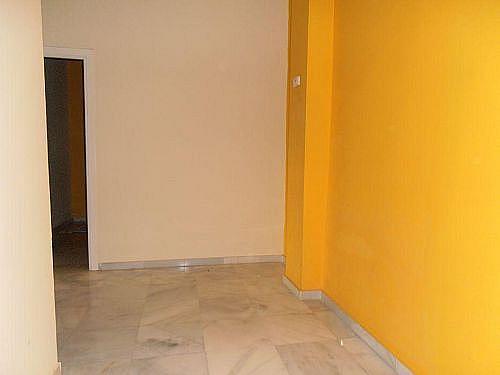 - Local en alquiler en calle Luis de Morales, La Buhaira en Sevilla - 284332392