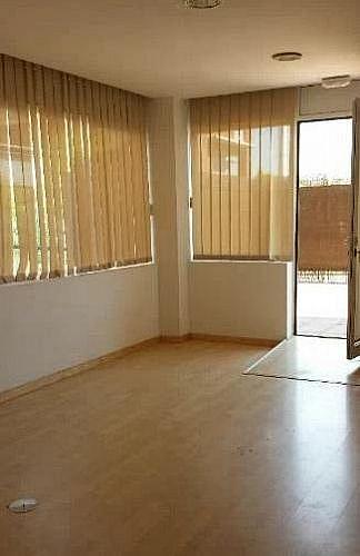 Local en alquiler en calle Lluis Companys, Sant Esteve Sesrovires - 347049006