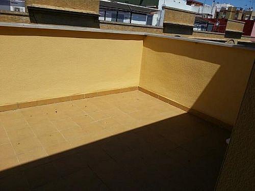 Dúplex en alquiler en calle Beatriz de Suabia, Sevilla - 346947703