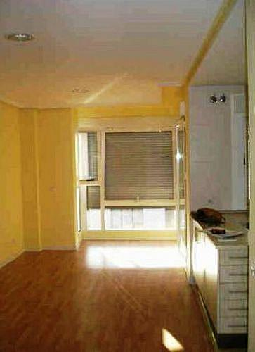 Estudio en alquiler en calle Lerida, Tetuán en Madrid - 346955122