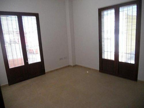 Piso en alquiler en calle Rafael Alberti, Brenes - 303075446