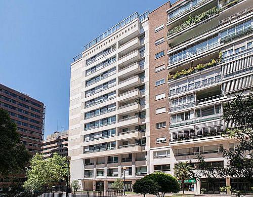 Garaje en alquiler en calle De la Castellana, Chamartín en Madrid - 347048148